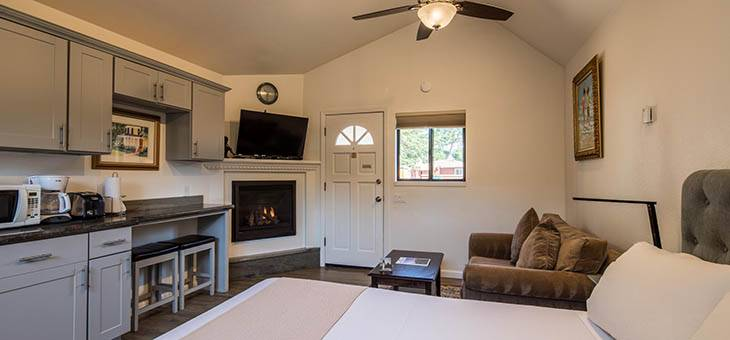 Accommodations Andril Fireplace Cottages
